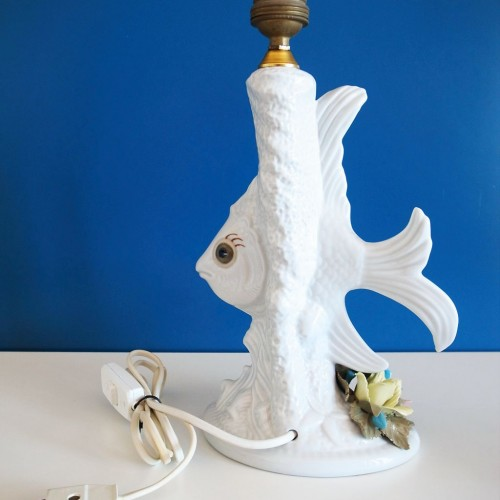 Lámpara de cerámica de Manises, con pez y flores de colores. Vintage años 60s.