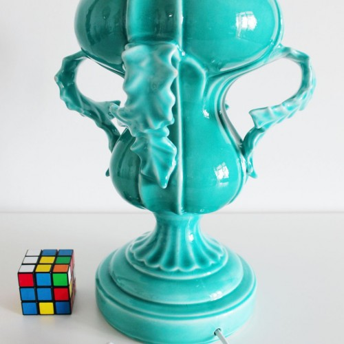 Lámpara de cerámica de Manises, en azul turquesa. Vintage años 50s- 60s.