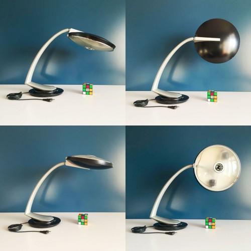 Lámpara FASE BOOMERANG 2000 o ARCO, vintage años 60s. Negro y gris. Completa.