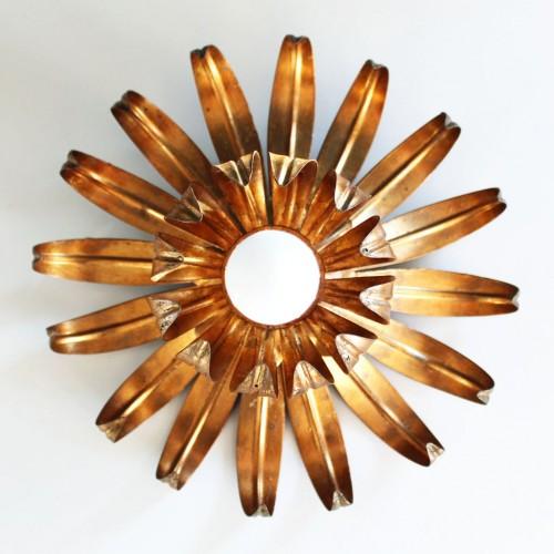 Flor - Aplique de pared o lámpara de techo en forja dorada. Vintage años 60s.