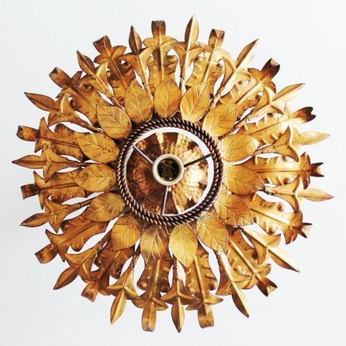 Lámpara o aplique sol en forja dorada. Vintage años 60s.