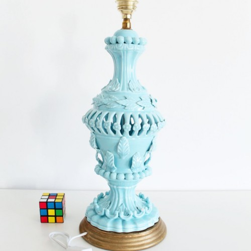 Lámpara de cerámica de Manises en color azul, C. Hispania, Vintage años 50-60s.
