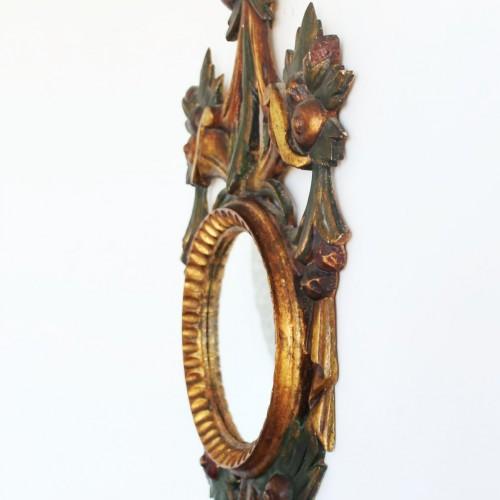 Espejo cornucopia barroco de madera tallada, policromada y dorada al pan de oro. Vintage 50s-60s.