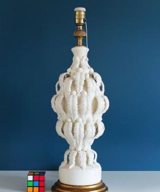 Excelente lámpara vintage de cerámica de Manises (Valencia) con hojas y flores, años 50-60.