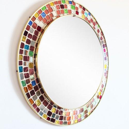 Espejo con marco de mosaico de cristales multicolores. Vintage 60s.