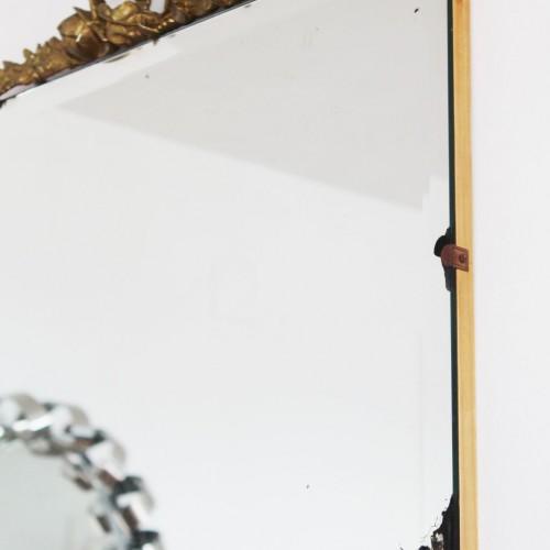 Espejo antiguo con guirnalda de flores en bronce. Shabby chic - Vintage años 30s-40s.
