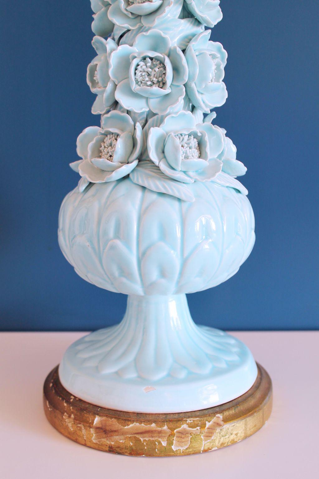 L mpara de cer mica de manises en color azul copa con for Lamparas de ceramica
