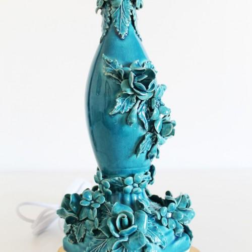 Delicada lámpara de cerámica de Manises y bronce, vintage 50s-60s.