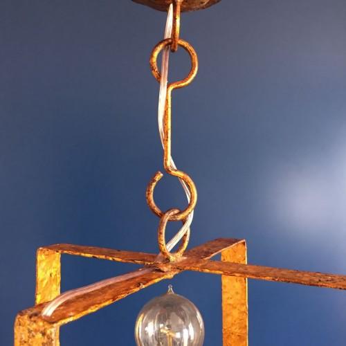 Pareja de lámparas de techo en forja dorada, diseño brutalista, vintage años 50-60.