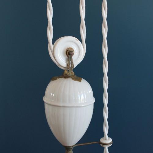 """Lámpara antigua """"sube y baja"""", con sistema de polea y contrapeso. Vintage años 20s-30s."""