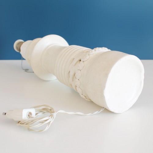 Lámpara de cerámica de Manises, C. Hispania, gres blanco. Vintage años 50s-60s.