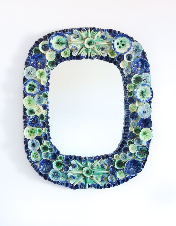 Impresionante espejo con marco de cer mica con motivos - Espejos de ceramica ...