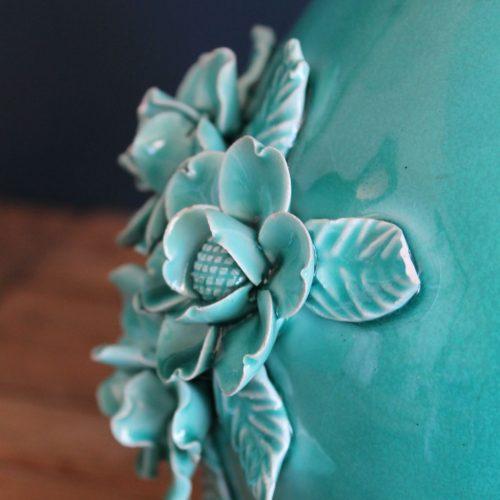 Lámpara de cerámica de Manises en color azul turquesa, vintage años 50s-60s.