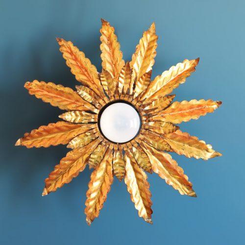 XXL Lámpara o aplique sol en forja dorada. Gran tamaño. Vintage años 60s. PAREJA DISPONIBLE.