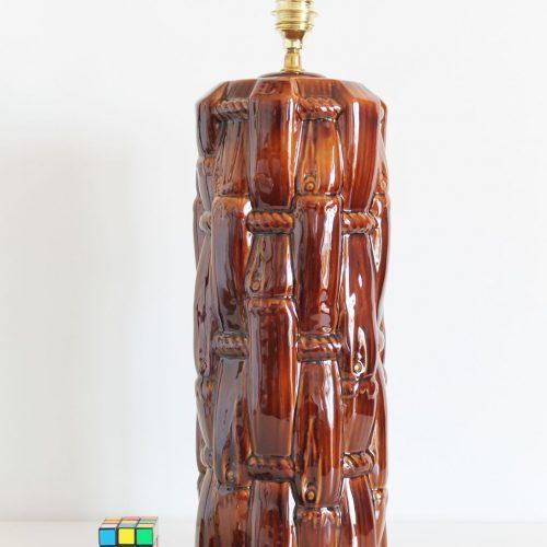 Gran lámpara de cerámica de Manises, vintage 50s-60s. Cerámica color ámbar, de diseño tropical, bambú.