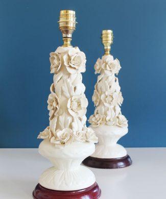 Preciosa pareja de lámparas de cerámica de Manises (Valencia). Vintage años 50s-60s.