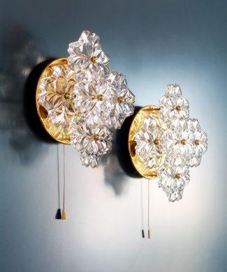 SOLKEN LEUCHTEN - Pareja de apliques florales de cristal y latón dorado, Alemania, vintage 70s.