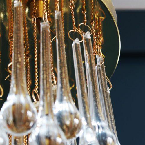 MURANO - Lámpara chandelier de techo de lágrimas de cristal y latón dorado. Vintage años 60s.