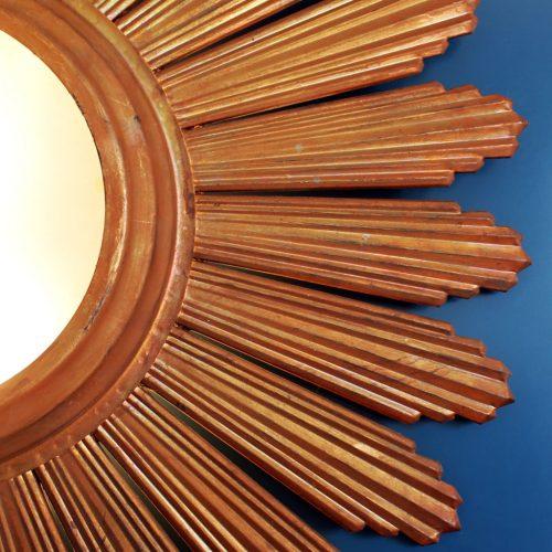 GRAN SOL - Lámpara sol o aplique de pared en forja dorada al pan de oro, convertible en espejo retroiluminado. Vintage años 60s.