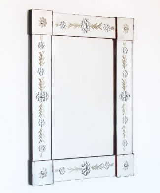 Gran espejo antiguo con marco de espejos tallados - República Checa, 1930s.