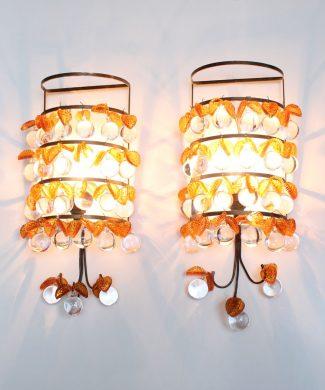 MANZANAS DE CRISTAL - Preciosa pareja de apliques de cristal y latón dorado, vintage años 50s-60s. Lámpara a juego.