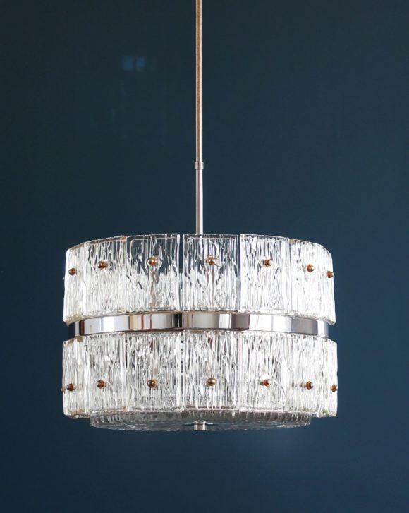 Lampara de techo de cristal y acero cromado - estilo Doria, Kalmar, Kindeldey...Alemania, vintage años 60s-70s.