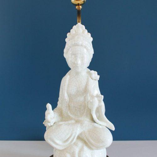 Lámpara de cerámica de Manises, figura de Buda. Blanco roto efecto craquelado. Vintage años 50s-60s.