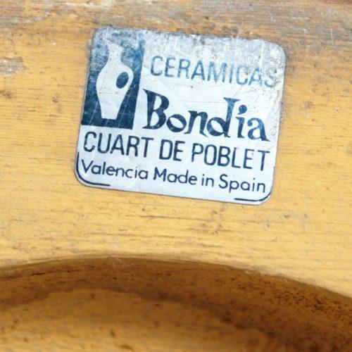 Excepcional lámpara de cerámica de Manises. C. Bondía. Roja con flores y hojas. Vintage 50s-60s.