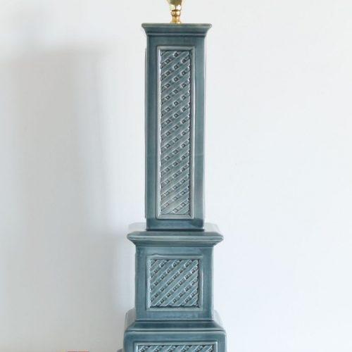 Gran lámpara de cerámica de Manises, color azul grisáceo. Vintage 50s-60s.