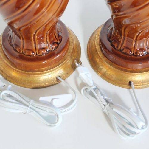 Pareja de lámparas de cerámica de Manises en color ámbar, Vintage 50s-60s.