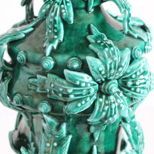 Gran jarrón de cerámica de Manises. Bondía. Diseño vegetal, en color verde. Vintage años 50-60.