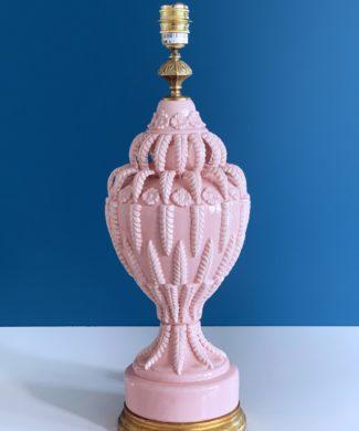 Excepcional lámpara de cerámica de Manises. C. Bondía. Rosa con flores y hojas. Vintage 50s-60s.