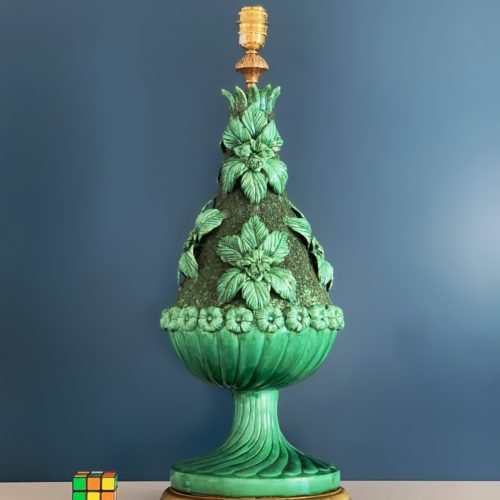 Gran lámpara de cerámica de Manises en color verde. Vintage 50s-60s.