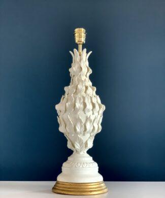 Excelente lámpara de cerámica de Manises, Cerámicas Bondía. Blanca con hojas. Vintage 50s-60s.