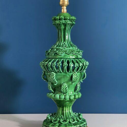 Lámpara de cerámica de Manises en color verde, C. Hispania, Vintage años 50-60s.