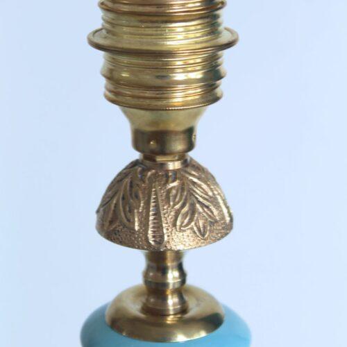 Excelente lámpara de cerámica de Manises en color azul. C. Bondía. Vintage años 50s-60s.
