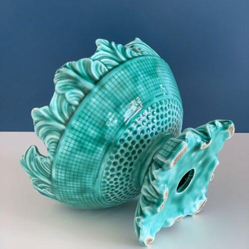 Frutero o centro de mesa de cerámica de Manises en color azul turquesa. Vintage 50s-60s.
