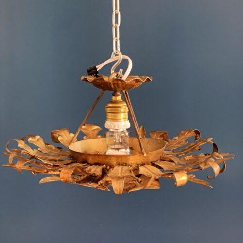SOL - Lámpara de techo en forja dorada. Vintage 60s.